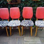 4 chaises skaï rouge et assise en tissu zébré