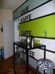 en cuisine, peintures Keim, magnétique et ardoise