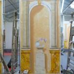 Panneau marbres Napoleon rosé , jaune de Sienne et blanc veiné, colonnes en pierre de chaux